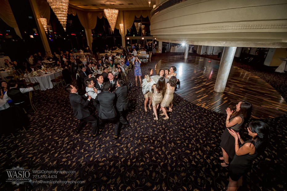 Destination-Chicago-Wedding-Photographer-WASIO-photography-0084-931x620 A Beautiful Wedding at Victoria in the Park - Soy+Patrick