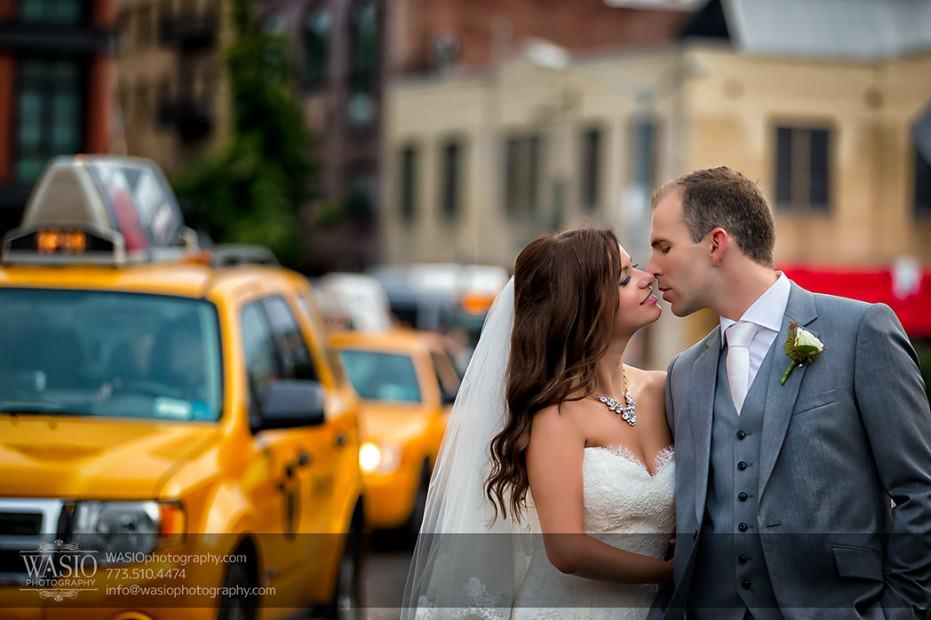 Destination-Wedding-New-York-Manhattan-Meat-Packing-District-016-931x620 Destination Wedding in Manhattan New York - Sarah+Richard