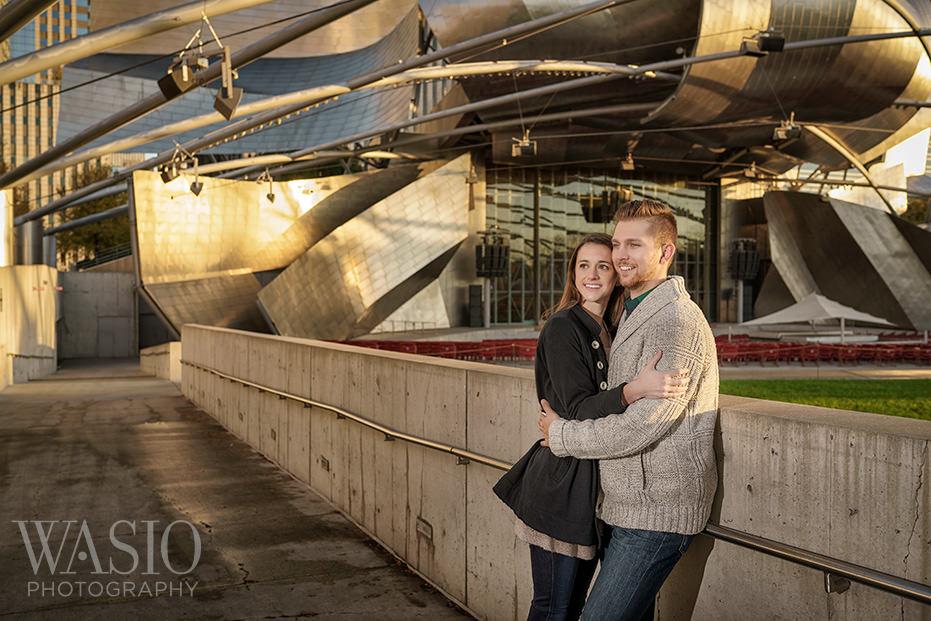 Engagement-Picture-Ideas-Millenium-Park-Photos Engagement Picture Ideas - Allie and Clayton