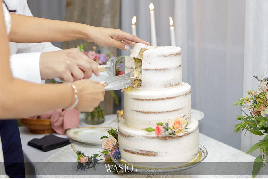 Heritage-Prairie-Farm-Wedding-flourless-cake-detail-72 Heritage Prairie Farm Wedding