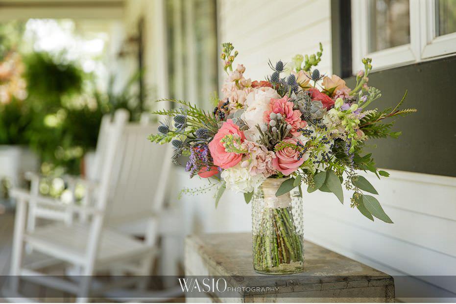 Heritage-Prairie-Farm-Wedding-fresh-flowers-blush-colors-120 Heritage Prairie Farm Wedding