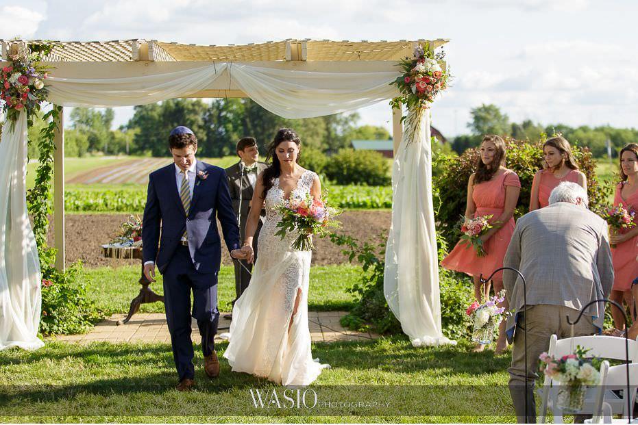 Heritage-Prairie-Farm-Wedding-just-married-jewish-outdoor-ceremony-62 Heritage Prairie Farm Wedding