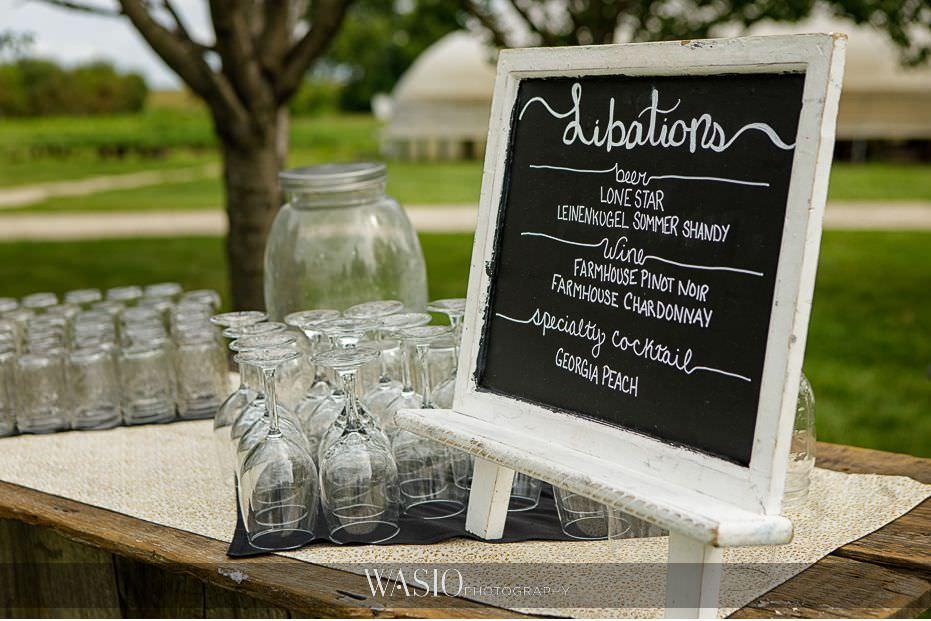 Heritage-Prairie-Farm-Wedding-libations-fresh-cocktails-04 Heritage Prairie Farm Wedding