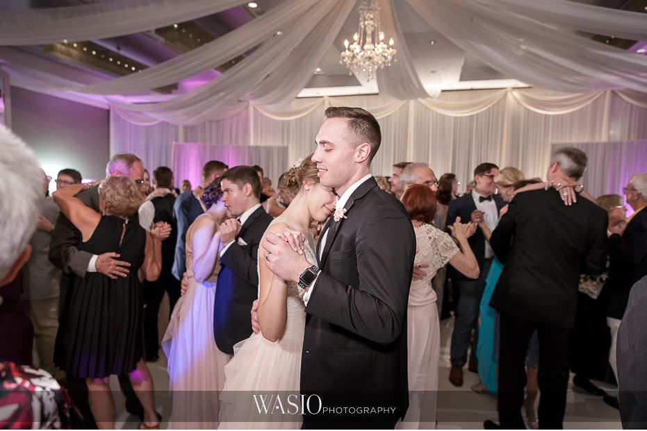 Hotel-Arista-Naperville-Wedding-reception-dance-party-32 Hotel Arista Naperville Wedding - Alina and Mike