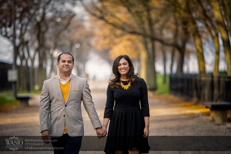 Indian-wedding-engagement-session-smiling-happy-love-park-outdoor_69-931x620 Indian wedding engagement session - Vasvi + Joey