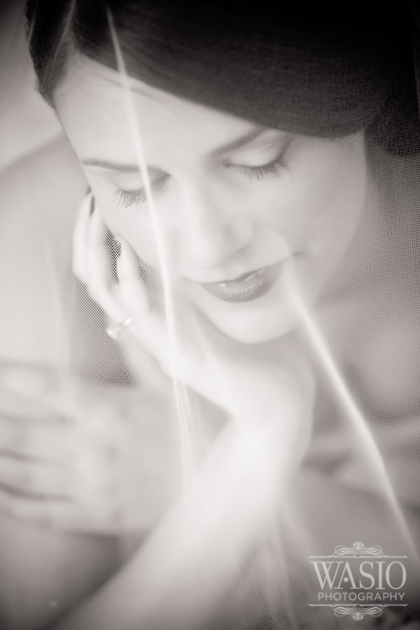 Indiana-Wedding-Photography-Bride-Preparation-05 Indiana Wedding Photography - Jelena+Nikola