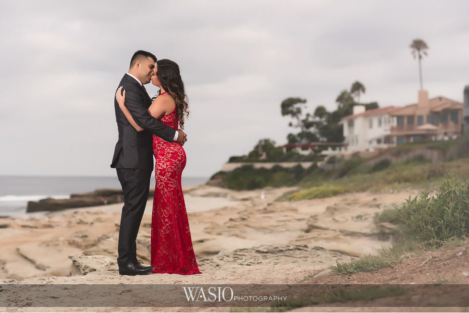 La-Jolla-Engagement-photos-wind-sea-beach-inspiration-romance-blog-2 La Jolla Engagement Photos - Rosie and Christian