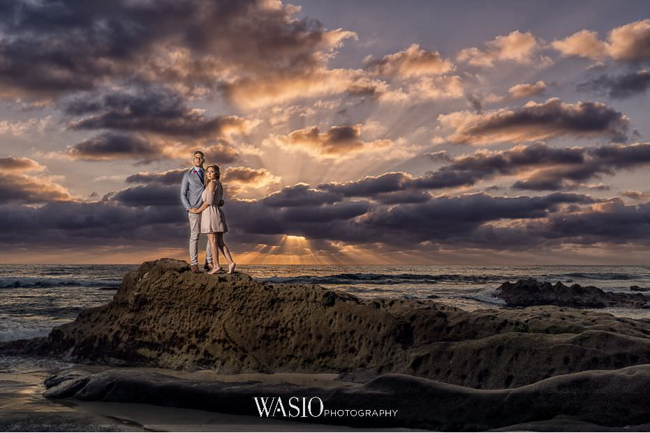 La-Jolla-Sunset-Engagement-Photos-dramatic-portrait-scenic-romance-blog-7 La Jolla Sunset Engagement Photos - Samara and Liki
