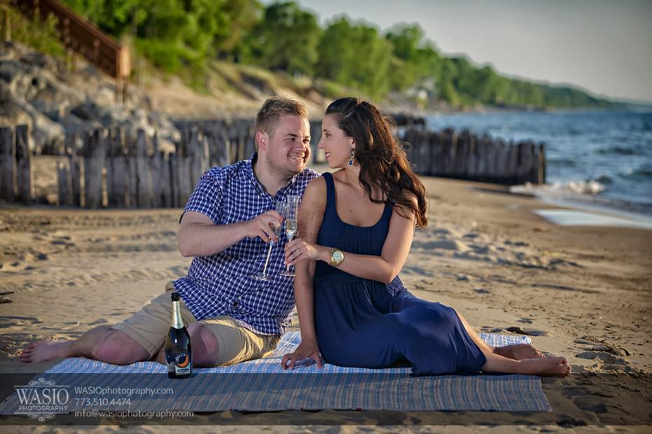 Lake-Michigan-Engagement-blanket-sand-picnic-champagne-intimate-076-931x620 Lake Michigan Engagement - Carrie + John