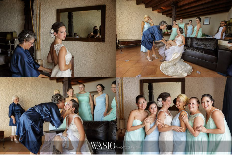 Las-Rocas-Resort-Rosarito-Wedding-bride-getting-ready-mother-of-bride-bridesmaids-bridal-party-matching-robes-fun-portrait-26 Las Rocas Resort Rosarito Wedding - Meaghan and Eric
