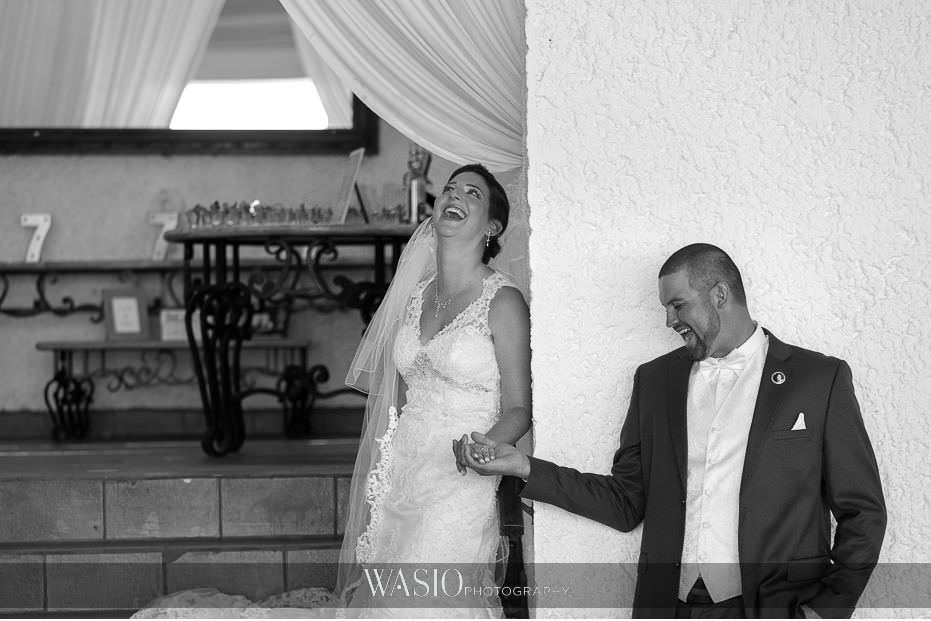 Las-Rocas-Resort-Rosarito-Wedding-non-first-look-photo-journalism-black-white-photography-bride-groom-portrait-27 Las Rocas Resort Rosarito Wedding - Meaghan and Eric