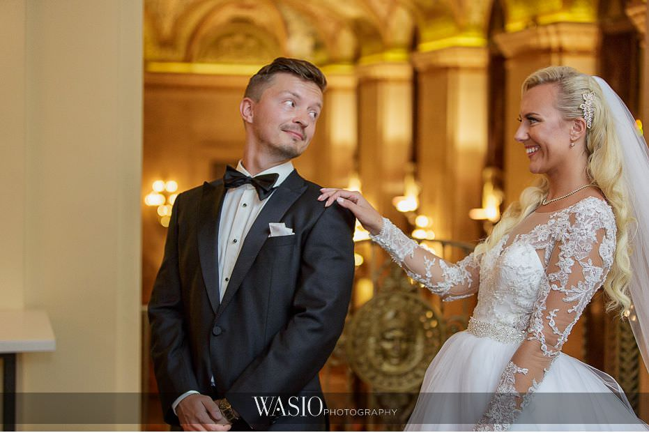 Lavish-wedding-by-Yanni-Design-Palmer-house-hotel-first-look-groom-reaction-priceless-14 Lavish Wedding by Yanni Design - Maggie & Jerry