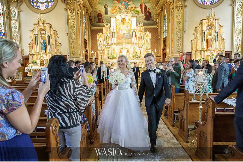 Lavish-wedding-by-Yanni-Design-bride-groom-holy-trinity-just-married-31 Lavish Wedding by Yanni Design - Maggie & Jerry