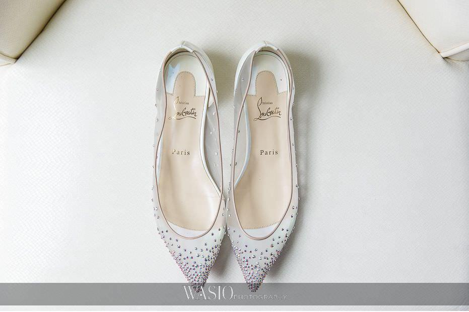 Lavish-wedding-by-Yanni-Design-red-soles-loubutin-shoes-cinderella-flats-47 Lavish Wedding by Yanni Design - Maggie & Jerry
