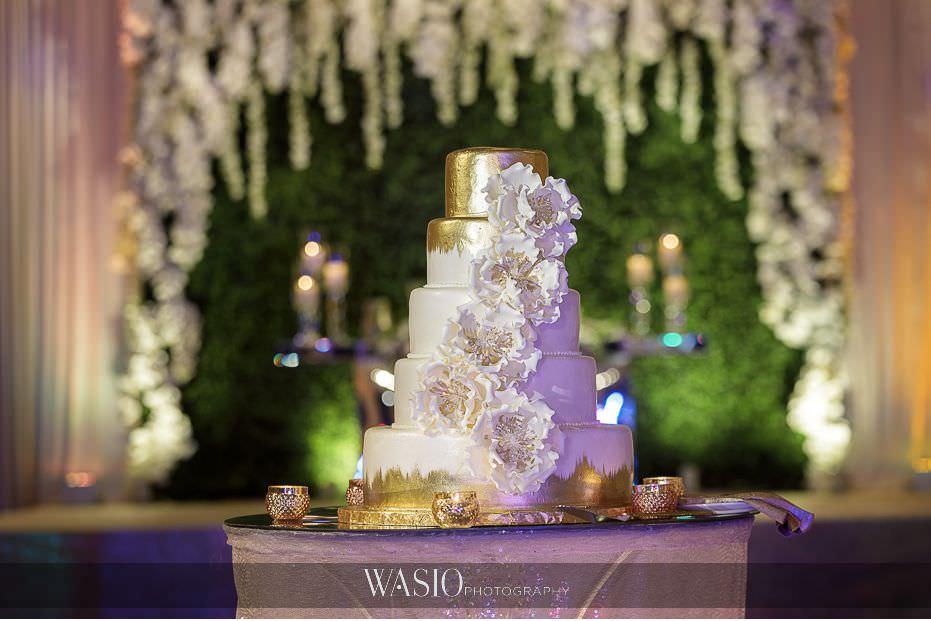 Lavish-wedding-by-Yanni-Design-white-gold-wedding-cake-custom-backdrop-fancy-45 Lavish Wedding by Yanni Design - Maggie & Jerry