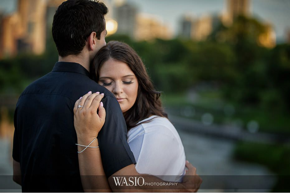 Lincoln-Park-Engagement-Photos-blog-creative-diamond-ring-romantic-sunset-6 Lincoln Park Engagement Photos - Becca & Gary