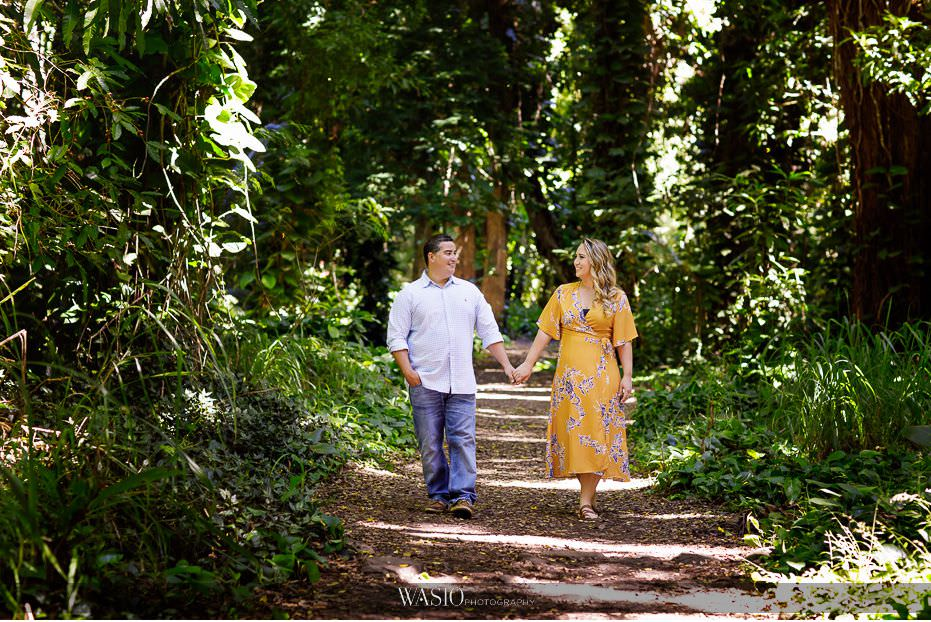 Maui-engagement-session-outdoor-photo-walking-holding-hands-big-forest-intimate-moment-Honolua-Bay-12 Romantic Maui Engagement Session - Kristen and Frank