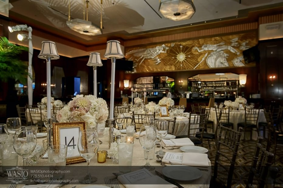 Montgomery-club-chicago-wedding-mad-men-style-room-sequence-table-cloths-025-931x620 Montgomery Club Chicago Wedding - Lauren + Teddy