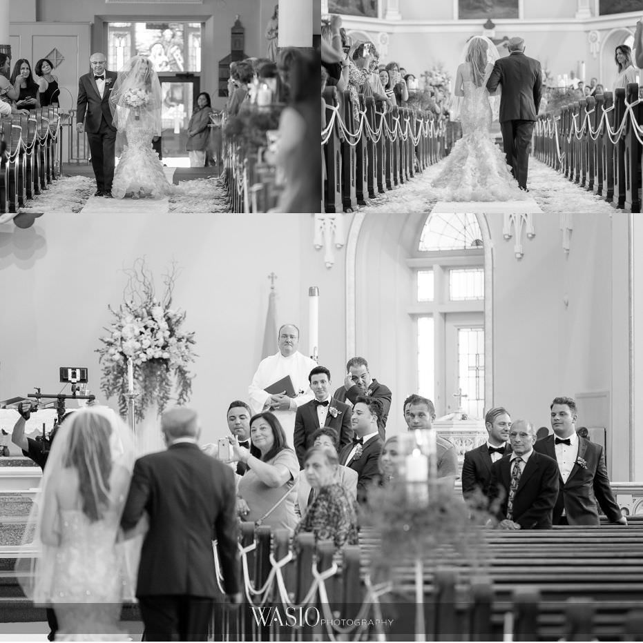 Museum-of-broadcast-communications-wedding-black-white-photographs-wedding-ceremony-nativity-of-our-lord-41 Museum of Broadcast Communications Wedding - Alyssa & Salvatore