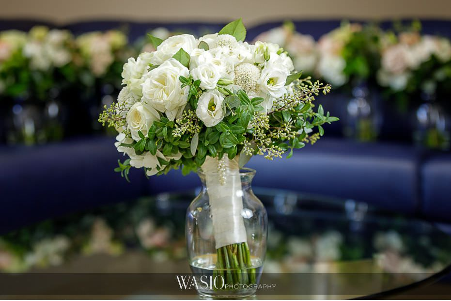 Museum-of-broadcast-communications-wedding-fresh-white-florals-bridal-bouqet-32 Museum of Broadcast Communications Wedding - Alyssa & Salvatore