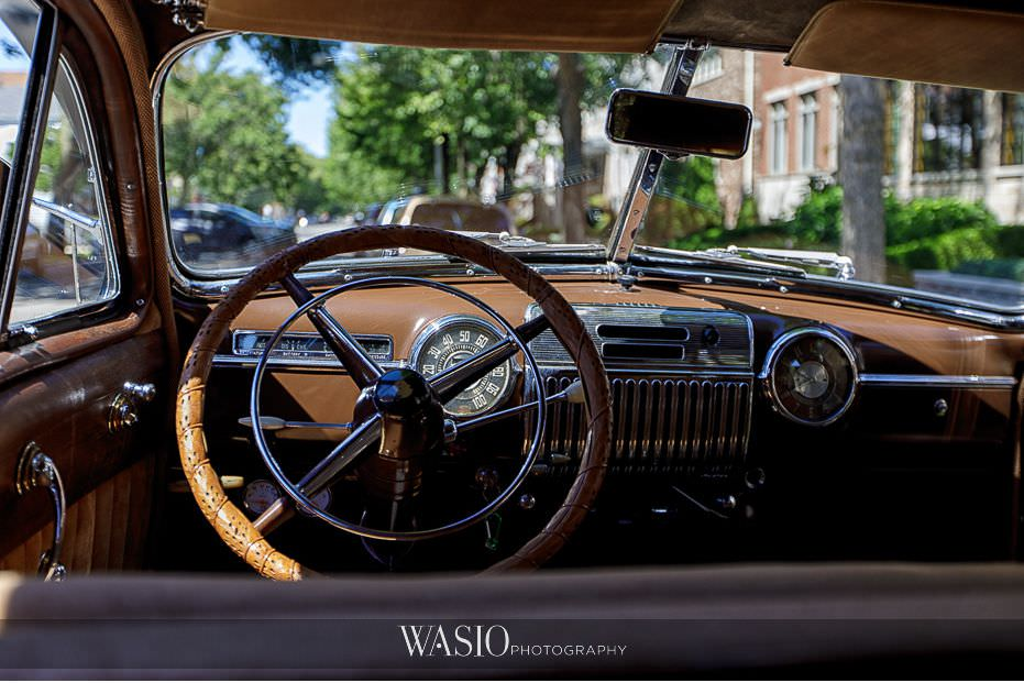 Museum-of-broadcast-communications-wedding-vintage-car-wedding-transportation-40 Museum of Broadcast Communications Wedding - Alyssa & Salvatore