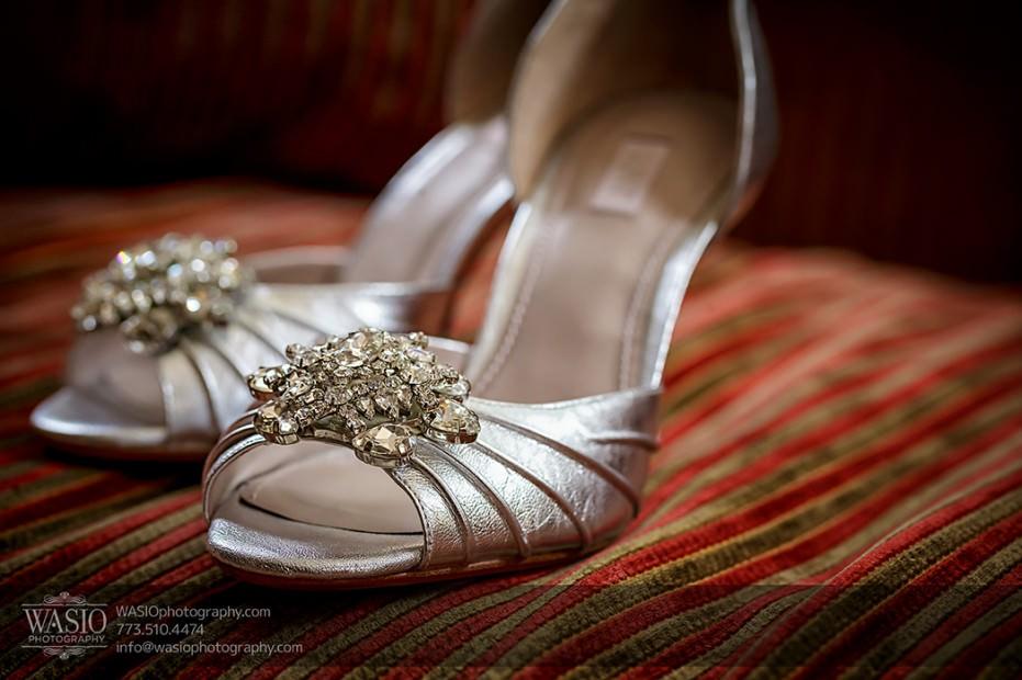 Rolling-Green-Country-Club-Wedding-004-beautiful-shoes-931x620 Rolling Green Country Club Wedding - Lauren & Nick