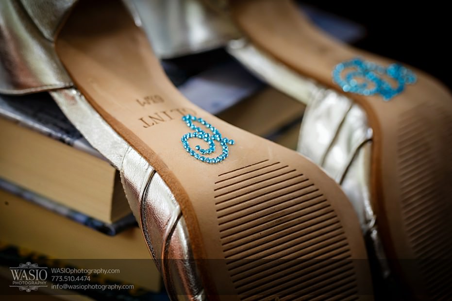 Rolling-Green-Country-Club-Wedding-005-shoes-i-do-sign-931x620 Rolling Green Country Club Wedding - Lauren & Nick