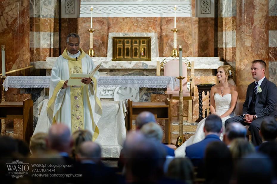 Rolling-Green-Country-Club-Wedding-025-St-Paul-of-the-Cross-Park-Ridge-931x620 Rolling Green Country Club Wedding - Lauren & Nick