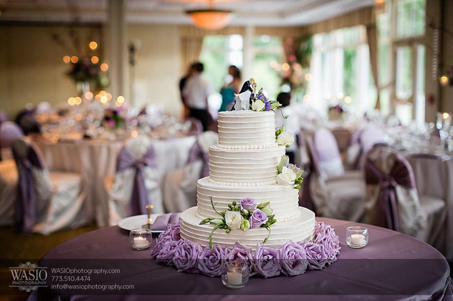 Rolling-Green-Country-Club-Wedding-057-03-cake-931x620 Rolling Green Country Club Wedding - Lauren & Nick