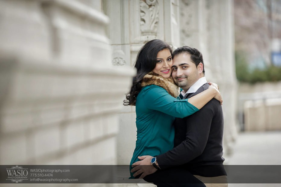 Snowy-Chicago-Engagement-Session-perfect-fun-couple-true-love-wrigley-building-beautiful-architecture-6-931x621 Snowy Chicago Engagement Session - Fatima + Asad
