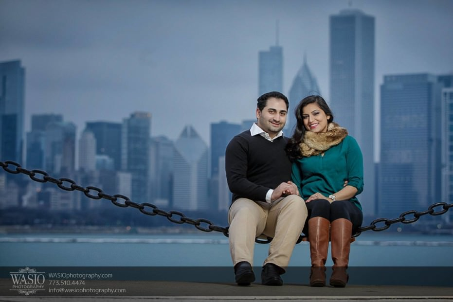 Snowy-Chicago-Engagement-Session-save-the-date-fun-perspective-Planetarium-Trump-Tower-Skyline-14-931x621 Snowy Chicago Engagement Session - Fatima + Asad