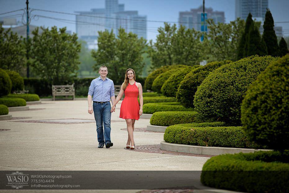 Sunrise-Chicago-Engagement-Tiffanys-garden-walking-hand-holding-happy-intimate-081 Sunrise Chicago Engagement - Nathalie + Nick