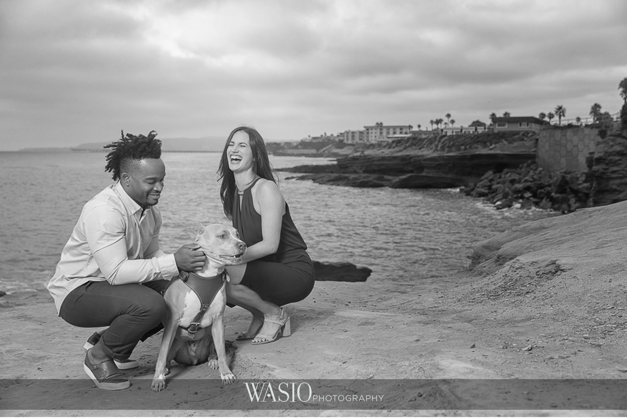 Sunset-Cliffs-San-Diego-Engagement-black-white-photo-puppy-cute-62 Sunset Cliffs San Diego Engagement - Laura and La Broi