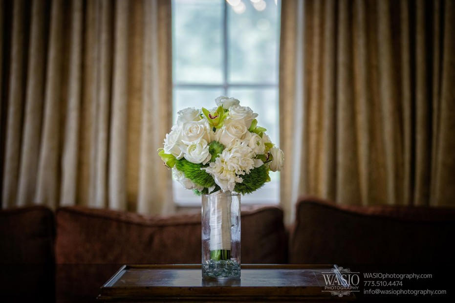 WASIO-Chicago-Wedding-Photography-0008-feature-beautiful-bouquet-white-roses-931x620 Cantigny Park Wedding - Danielle+David