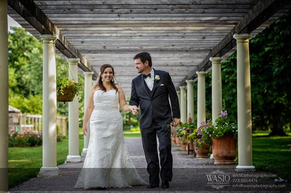 WASIO-Chicago-Wedding-Photography-0024-bride-groom-walking-cantigny-rose-park-931x620 Cantigny Park Wedding - Danielle+David