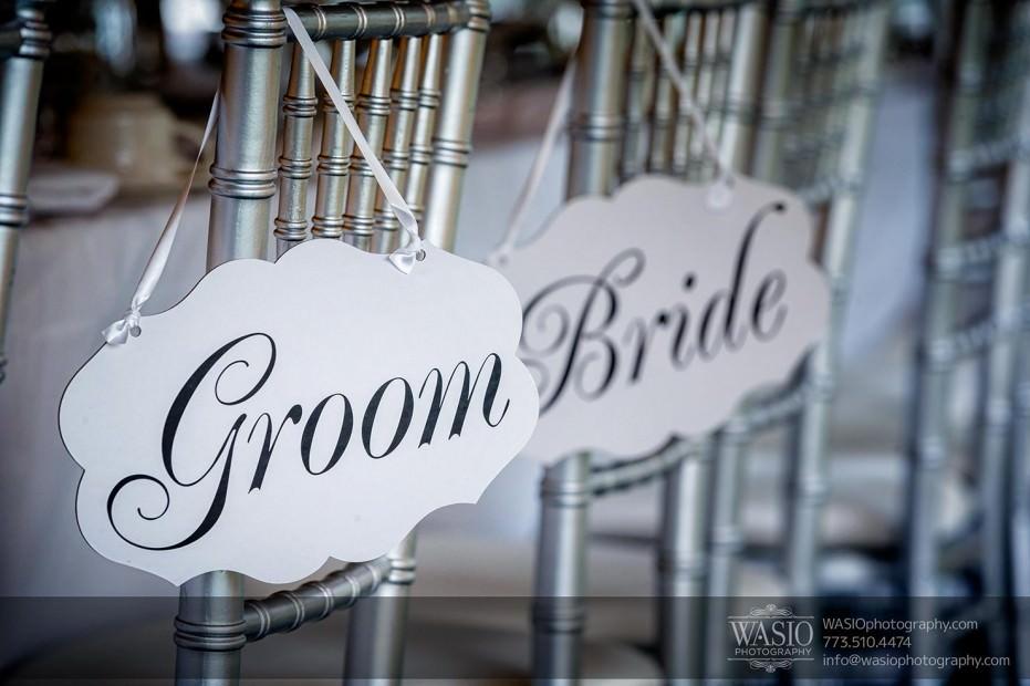 WASIO-Chicago-Wedding-Photography-0031-groom-bride-chair-signs-931x620 Cantigny Park Wedding - Danielle+David