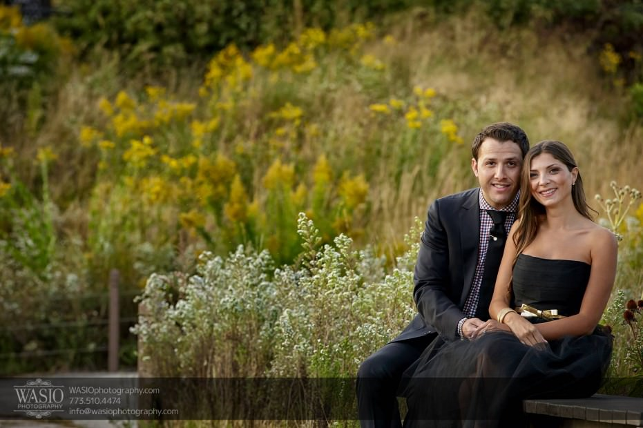 WASIO-photography-Lincoln-Park-Engagement-Photos-bench-outdoor-chicago-011-931x620 Lincoln Park Engagement Photos - Patricia + Jonas