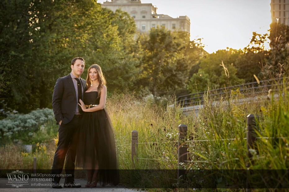 WASIO-photography-Lincoln-Park-Engagement-Photos-sunset-beautiful-nature-green-009-931x620 Lincoln Park Engagement Photos - Patricia + Jonas