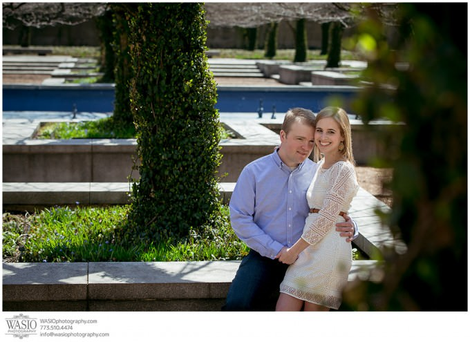 WASIO-photography-engagement-session-art-institute-14-garden-beautiful-intimate-680x495 Engagement Pictures at The Art Institute Gardens - Lauren+Nick