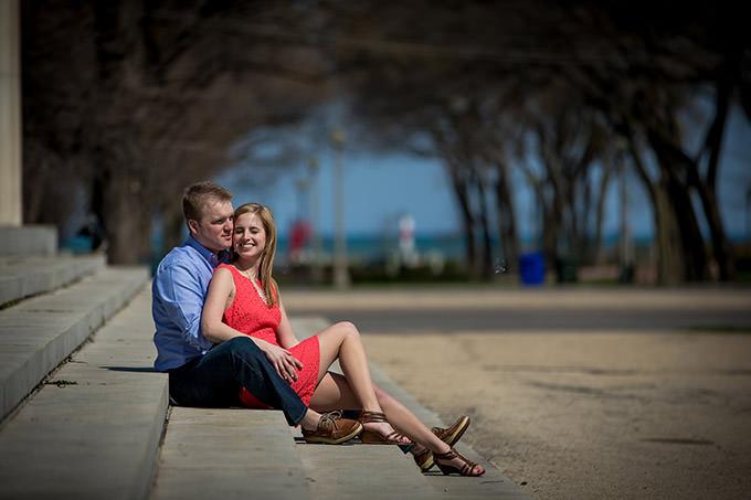 Engagement Pictures at The Art Institute Gardens – Lauren+Nick