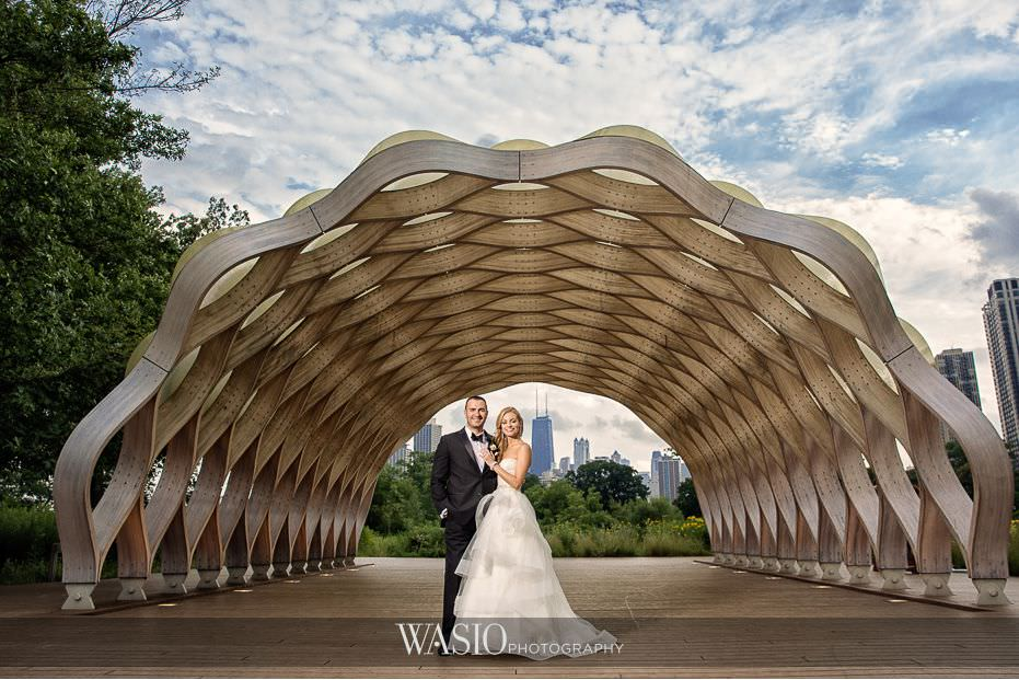 Winner-of-The-Knot-2017-Best-of-Weddings-cafe-brauer-lincoln-park-chicago-city-skyline-44 Winner of The Knot 2017 Best of Weddings