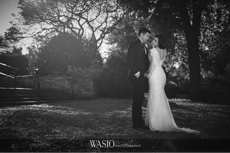 Winner-of-The-Knot-2017-Best-of-Weddings-cuneo-garden-black-white-bride-groom-portrait-photography-57 Winner of The Knot 2017 Best of Weddings