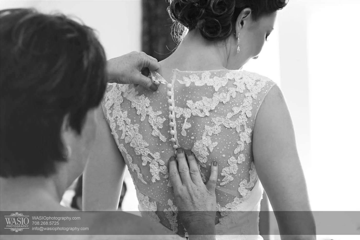 bride-preperation-mother-wedding Chevy Chase Country Club Wedding - Elizabeth & Michael