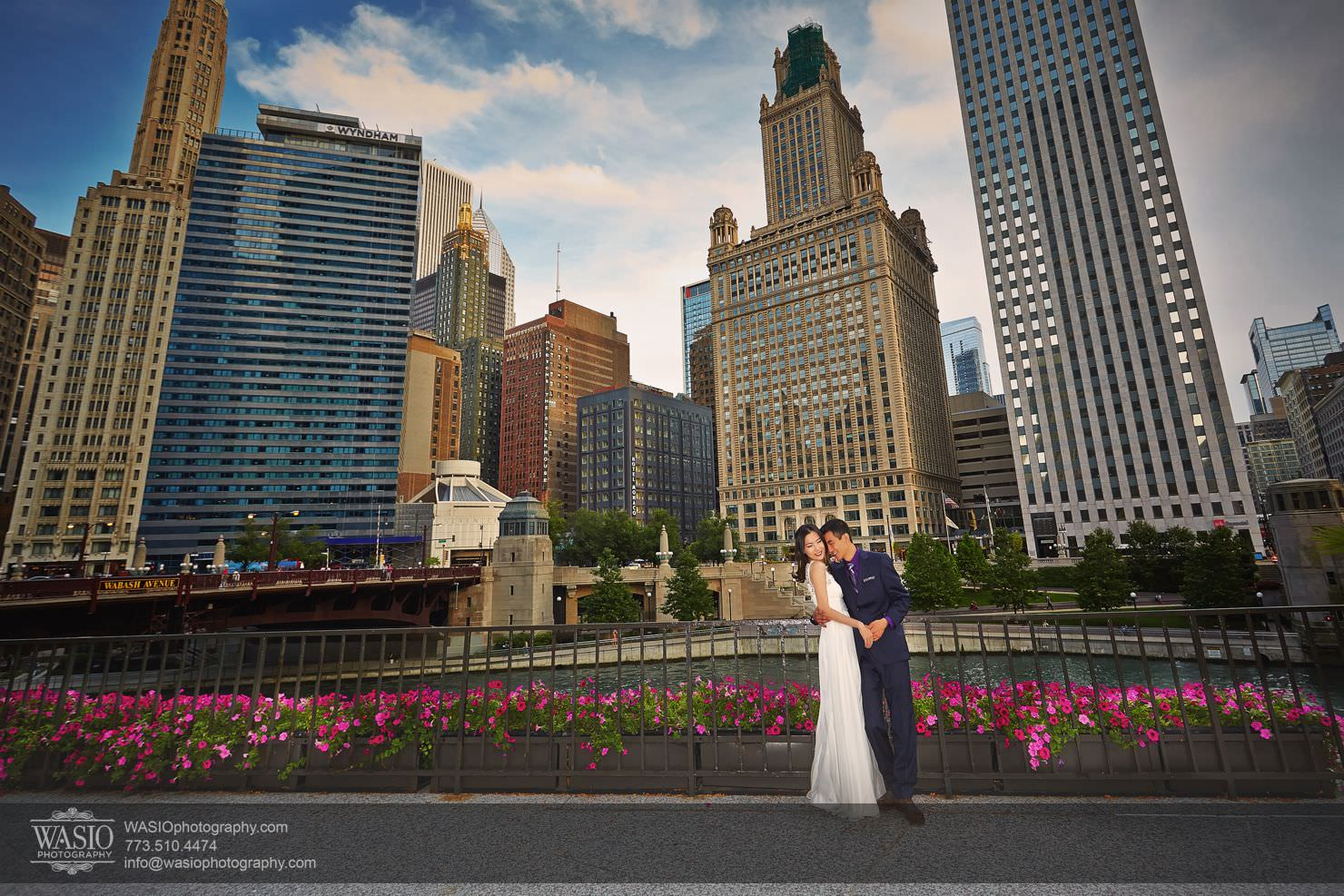 chicago-sunset-engagement-session-downtown-destination-001020 Chicago Sunset engagement - Yulin & Mika