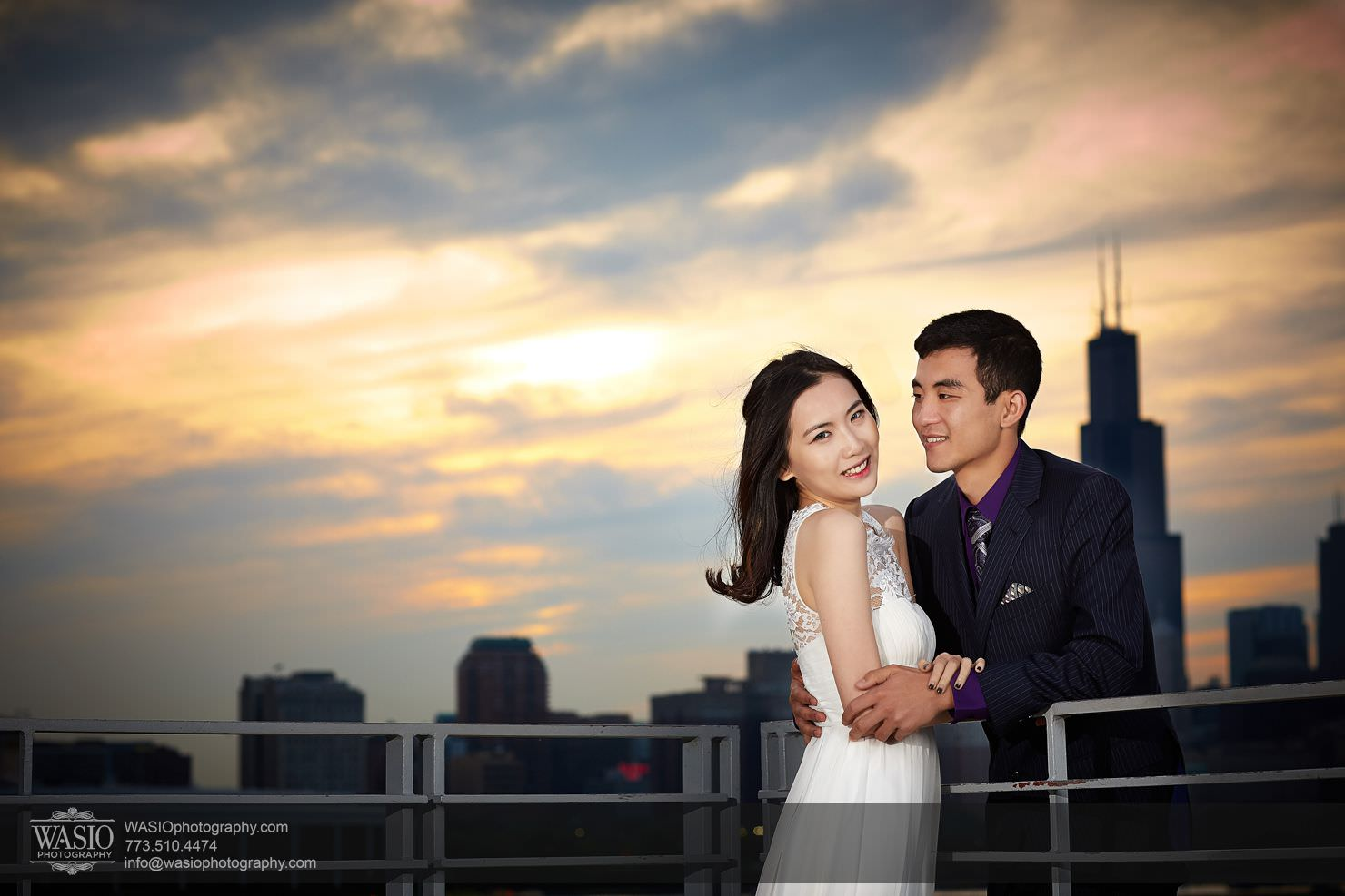 chicago-sunset-engagement-session-downtown-destination-001027 Chicago Sunset engagement - Yulin & Mika