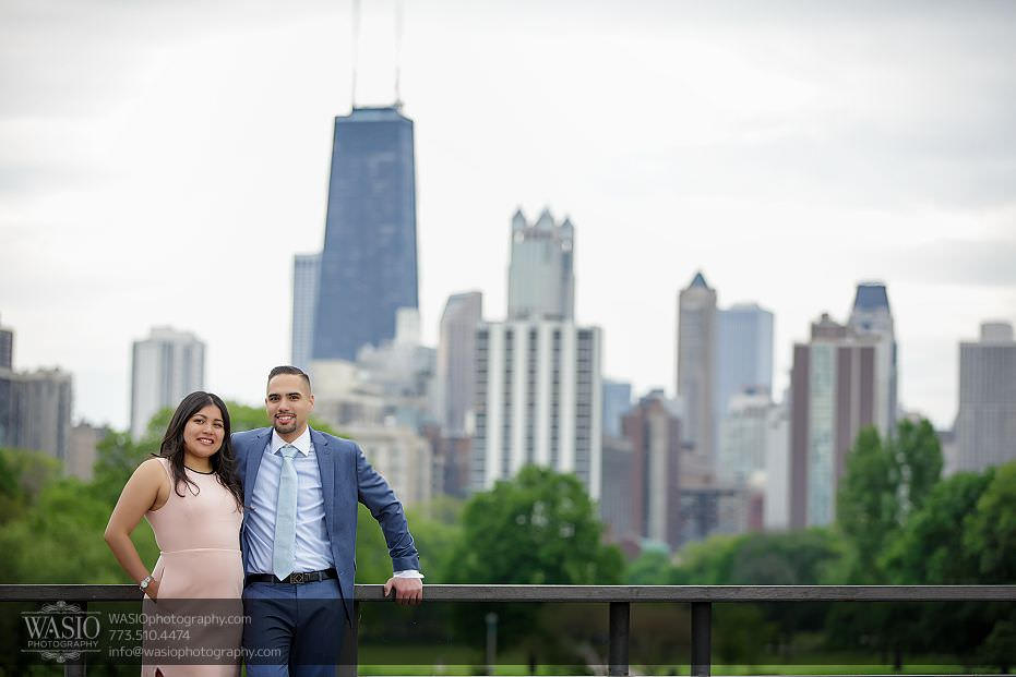 engagement-photos-Chicago-skyline-Lincoln-Park-Zoo-111 Engagement photos - Gricelda + Christopher