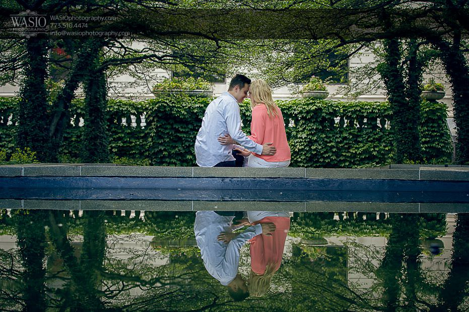 engagement-photos-art-institute-reflection-nature-water-fountain-outdoor-park-0709 Engagement Photos - Diana + Michael