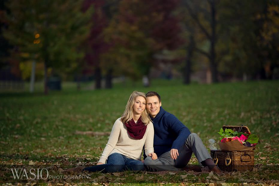 engagement-session-picnic-outdoor-flowers-leaves-fall-theme-sweaters-cozy-13 Engagement Session - Samantha and Marcin
