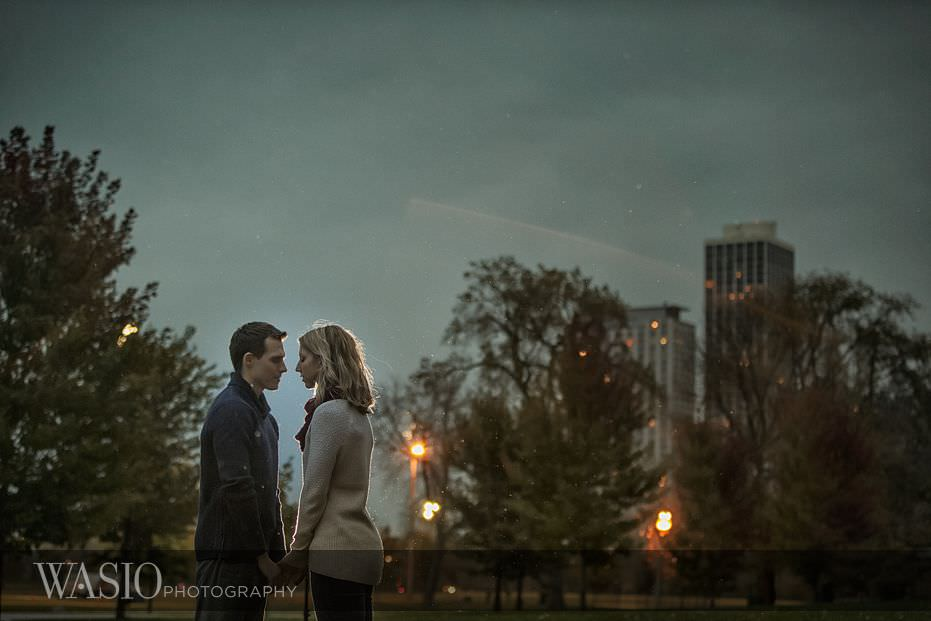 engagement-session-romantic-sunset-in-the-park-kiss-16 Engagement Session - Samantha and Marcin