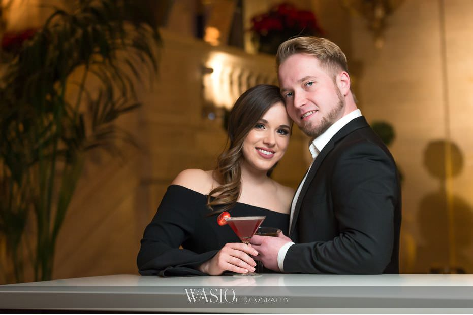 evening-engagement-photos-classic-couples-portrait-photography-inspiration-romantic-Palmer-House-Hilton-Hotel-67 Evening Engagement Photos - Izabela and Marcin